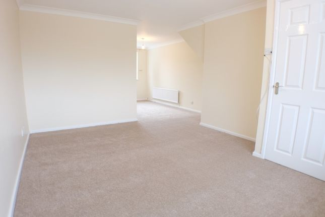 3 bed terraced house to rent in Maes Y Parc, Fforestfach, Swansea SA5