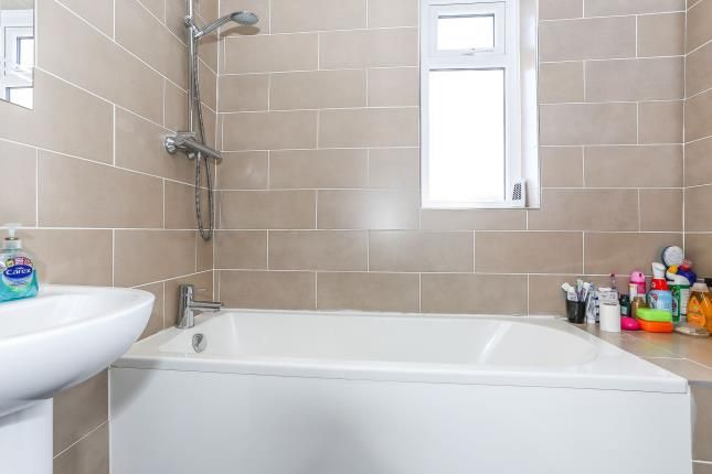 Bathroom of Elgar Road, Courthouse Green, Coventry, West Midlands CV6