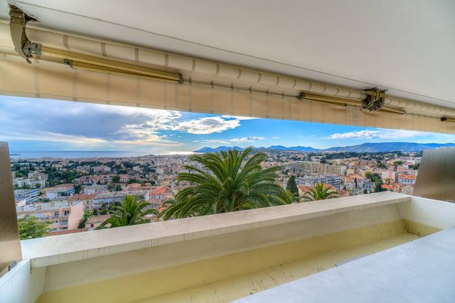 5 bed apartment for sale in Le Cannet, Alpes-Maritimes, France