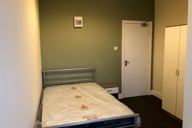 12 bed shared accommodation to rent in Park Road North, Middlesbrough TS1