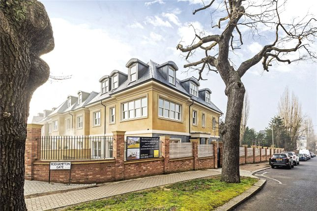 Thumbnail Detached house for sale in Bank Lane, London