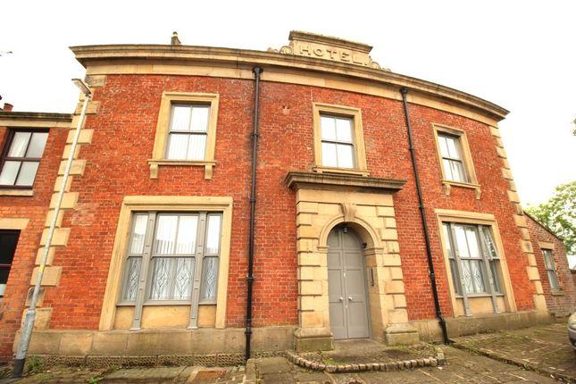 Thumbnail Flat to rent in Station Road, Kirkham, Preston