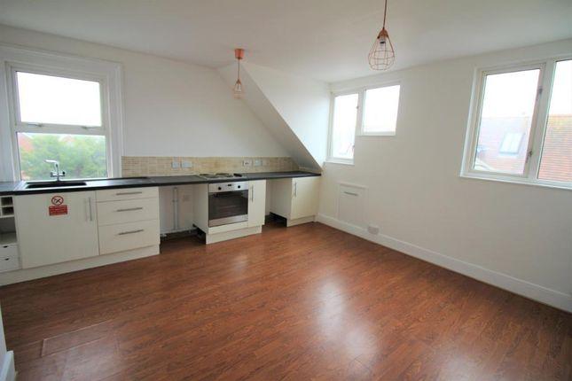 Kitchen/Lounge of 10 Glendinning Avenue, Weymouth, Dorset DT4