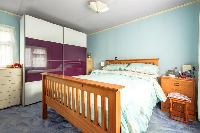 Bedroom of The Glade, Caerwnon Park, Builth Wells LD2