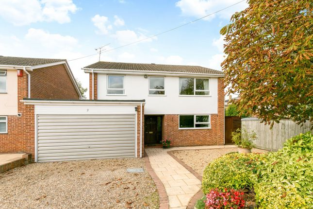 Thumbnail Detached house for sale in Earley Hill Road, Reading