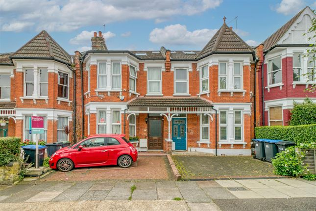 Thumbnail Terraced house for sale in Eaton Park Road, Palmers Green