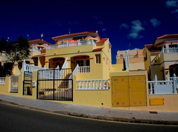 2 bed villa for sale in Spain, Valencia, Alicante, Pinar De Campoverde