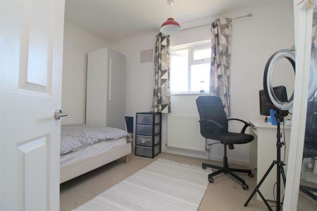 Bedroom 2 of Shooting Field, Steyning BN44