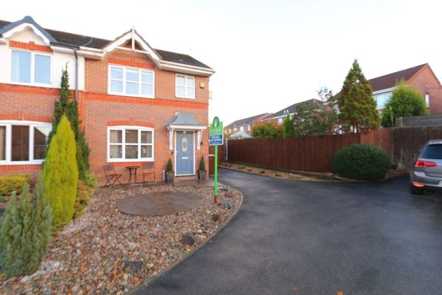 Thumbnail Terraced house for sale in North Way, Hyde