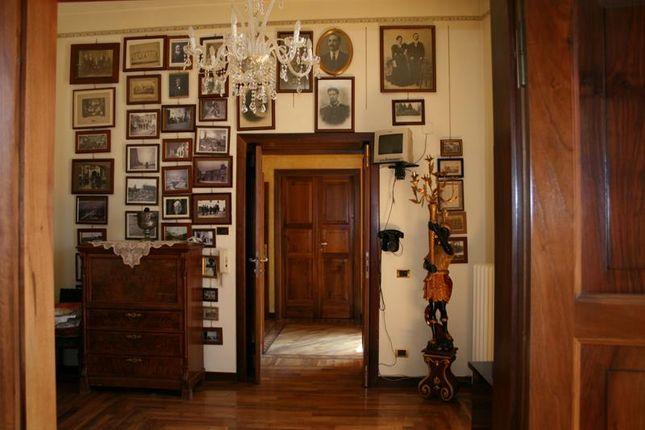 Thumbnail Terraced house for sale in Piazza Della Tomba, Via Del Tempio 67039 Sulmona, L'aquila, Abruzzo, Italy
