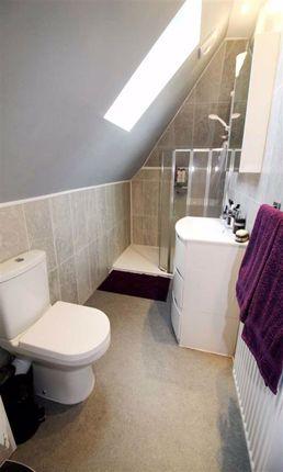 En Suite of Oakwell Drive, Salford M7