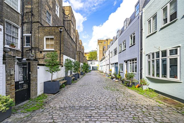 3 bed flat for sale in Westbourne Terrace Mews, Bayswater, London W2