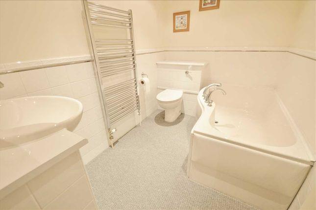 Bathroom of The Heskin, Runshaw Hall, Runshaw Hall Lane, Euxton, Chorley PR7