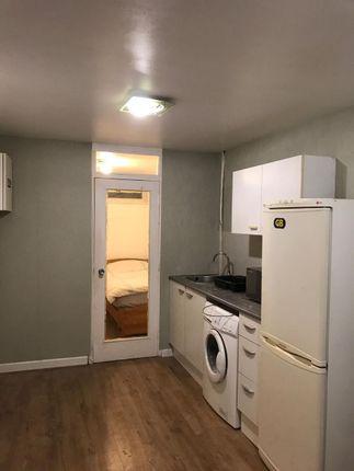Studio to rent in Heronsforde, London