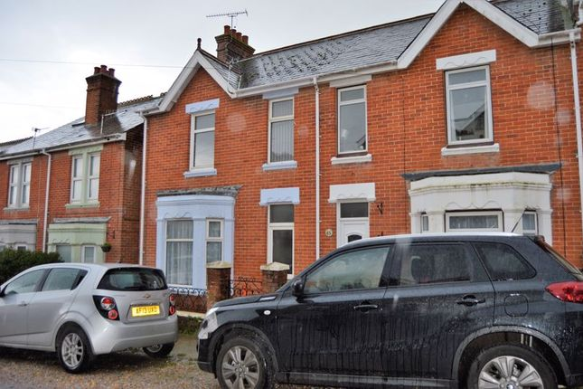Thumbnail Terraced house to rent in Alexandra Road, Cowes