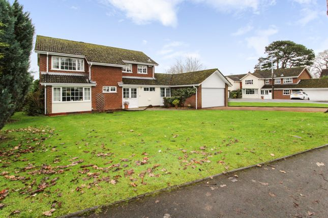 Thumbnail Detached house for sale in Arden Drive, Dorridge, Solihull