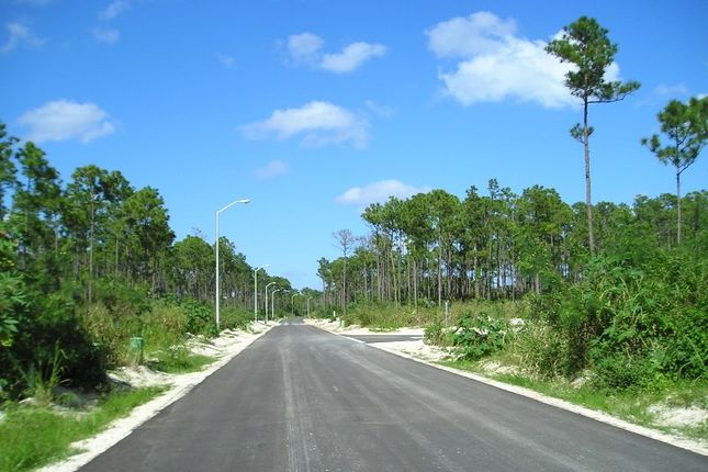 Land for sale in South Ocean Road, Nassau, The Bahamas