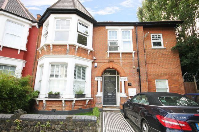 Thumbnail Flat for sale in Haslemere, Winchmore Hill