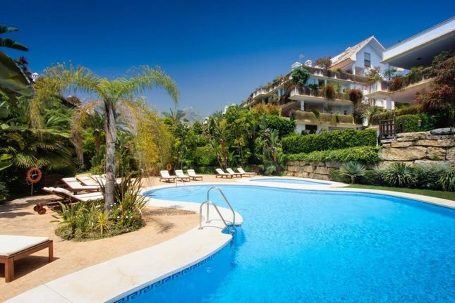 2 bed apartment for sale in golden mile andalucia spain