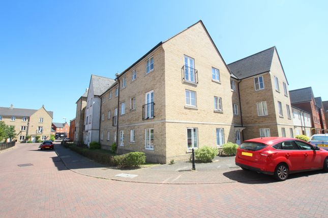 Thumbnail Flat for sale in Mortimer Gardens, Colchester