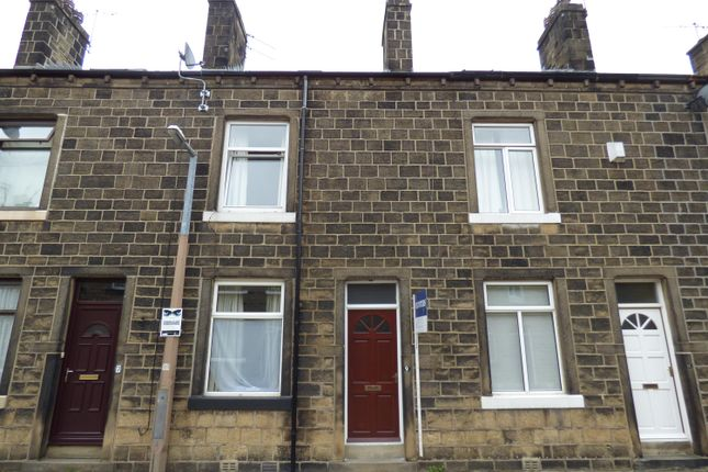 Thumbnail Terraced house to rent in Gladstone Street, Bingley