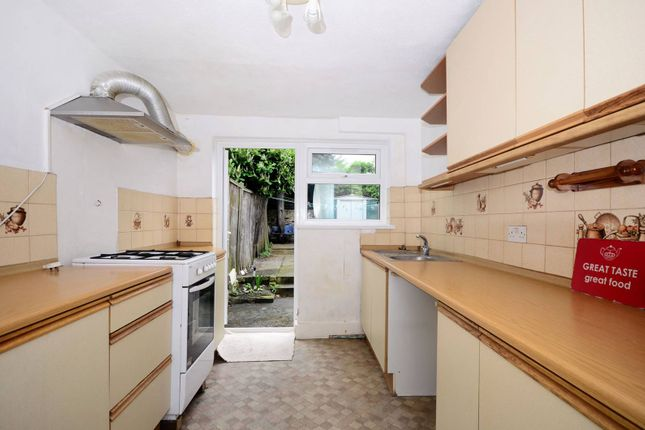 Thumbnail Terraced house to rent in Dunmow Road, Stratford