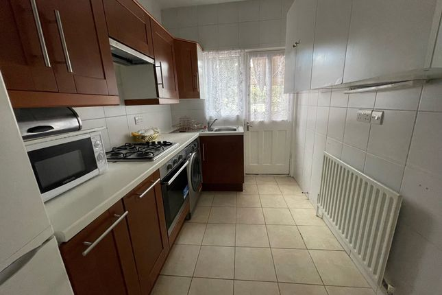 Thumbnail Semi-detached house to rent in Tottenhall Road, London