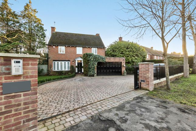Thumbnail Detached house for sale in Cockfosters Road, Hadley Wood, Barnet