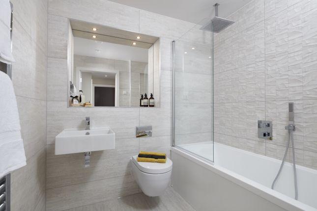 Bathroom of West Hill, Sanderstead, South Croydon CR2