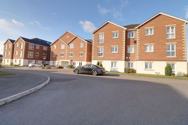 Thumbnail Flat for sale in Harpham Close, Scunthorpe