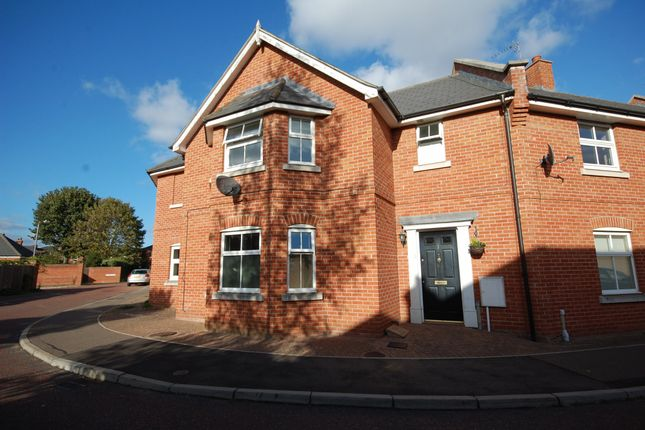 Thumbnail Terraced house for sale in Knights Field, Colchester