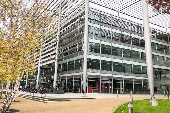 Thumbnail Office to let in Building 5 - Chiswick Park, Chiswick