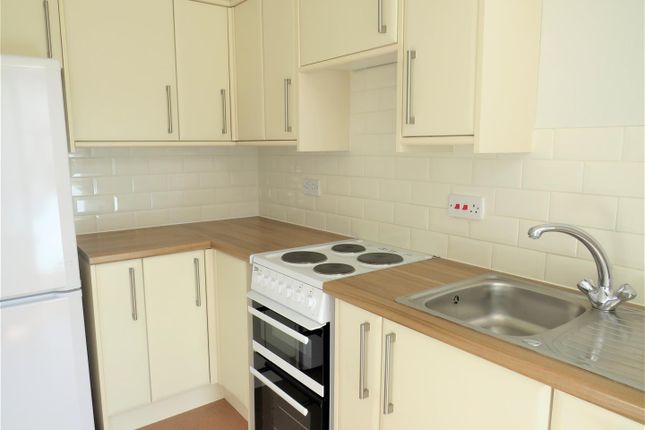Studio to rent in Lansdowne Place, Hove BN3