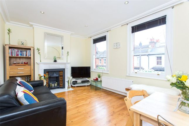 Claxton grove fulham broadway london w6 3 bedroom for Terrace 54 1717 broadway
