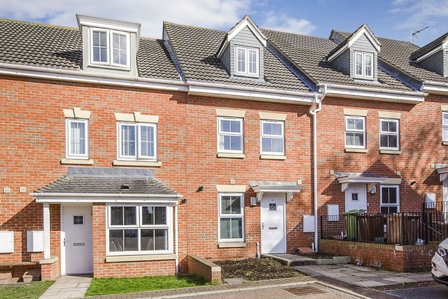 Thumbnail Property for sale in Edlington View, Knottingley