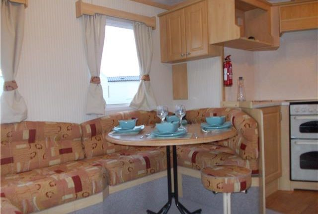Mobile/park home for sale in Rottenstone Lane, Scratby, Great Yarmouth