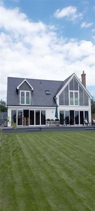 Thumbnail Detached house for sale in Oxford Road, Horndon-On-The-Hill, Essex