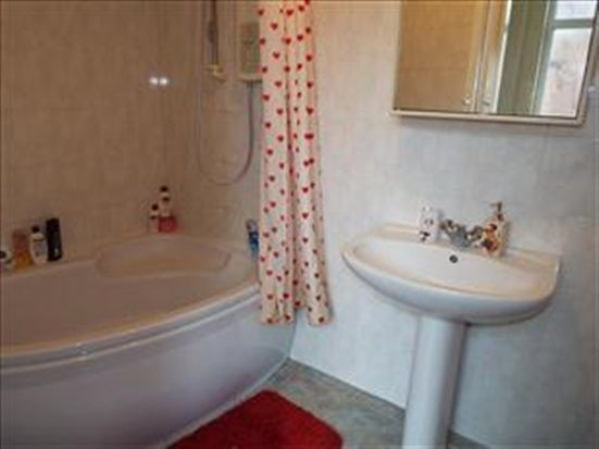 Bathroom of 19 Orchard Road, Lytham St. Annes FY8