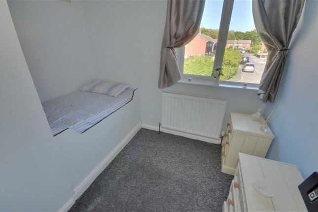 Bedroom Three of Derwent Crescent, Howden DN14