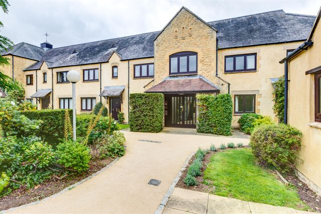 Thumbnail Flat for sale in Bowling Green Court, Hospital Road, Moreton-In-Marsh