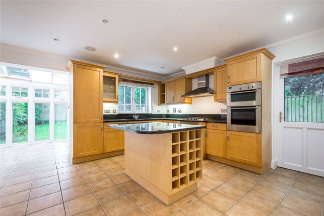 Thumbnail Detached house for sale in Cavendish Place, Mapesbury, London