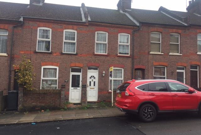 Thumbnail Terraced house to rent in St. Peters Road, Luton