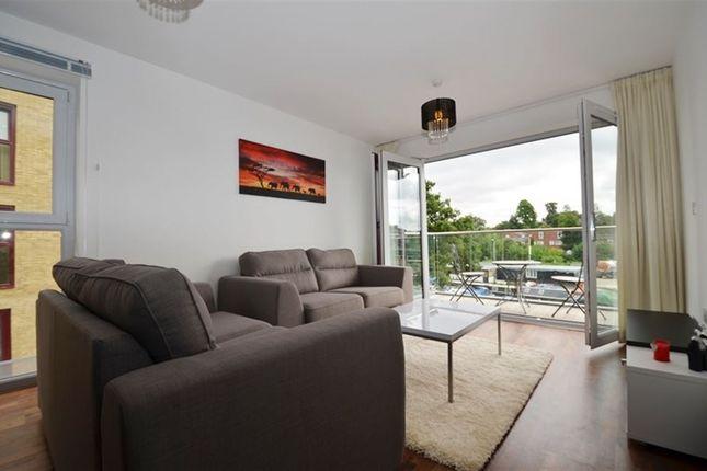 Thumbnail Flat to rent in Kings Island, Uxbridge