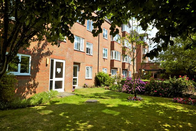 1 bed flat for sale in Uxbridge Road, Hatch End