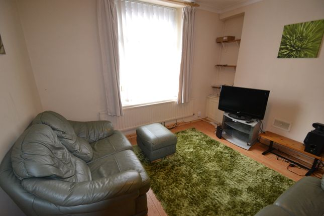 2 bed property to rent in Tower Street, Treforest, Pontypridd CF37
