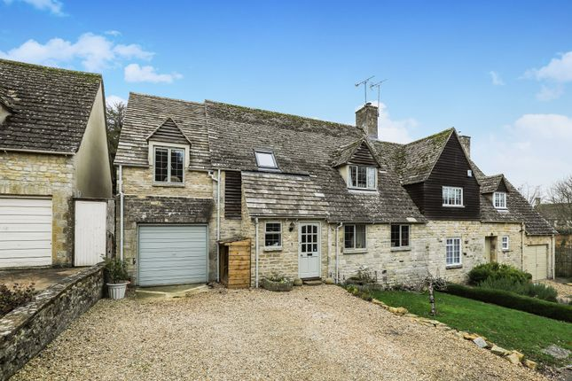 Thumbnail Semi-detached house for sale in Swan Lane Close, Burford