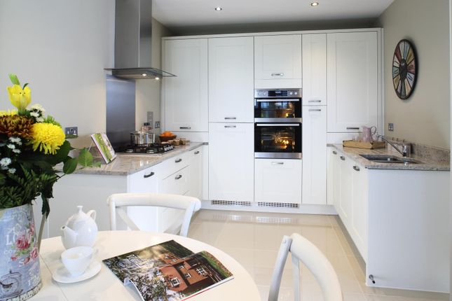 Thumbnail Town house for sale in London Road, Waterlooville, Hampshire