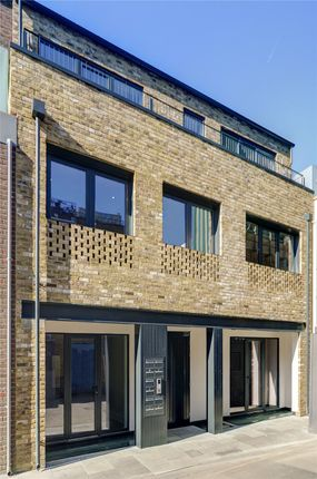Picture No. 17 of King's Mews, London WC1N
