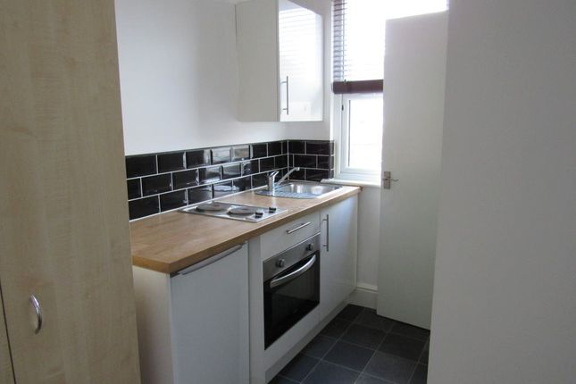 Thumbnail Shared accommodation to rent in Lodge Causeway, Fishponds, Bristol