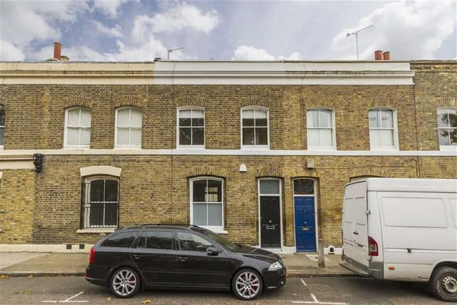 Thumbnail Property to rent in Barnet Grove, London